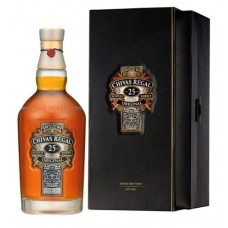 Chivas Regal 25 Jaar Whisky 70cl + Giftbox